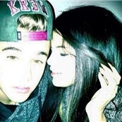 Justin Bieber tweets photo of him with Selena Gomez  147462