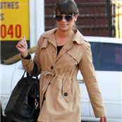 Lea Michele exits the salon after receiving a manicure/pedicure in West Hollywood  137379