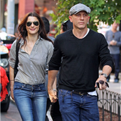 Rachel Weisz and Daniel Craig hold hands in New York  127479