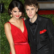Selena Gomez and Justin Bieber (file photo) 147146